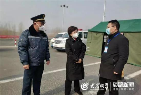 赵鑫了解一线检查泗水县疫情防控工作