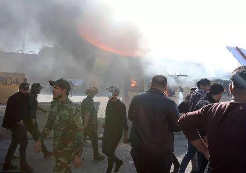 俄叶卡捷琳堡起火真的假的?