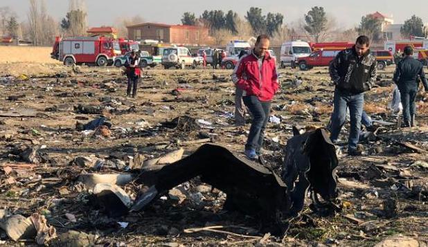 坠机残骸(图源:CNN)