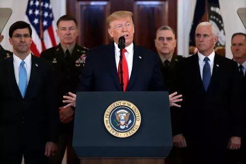 美国总统特朗普当地时间1月8日正午发外说话。