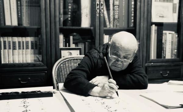 知名中国古代书画鉴定学者、原故宫博物院副院长 杨新