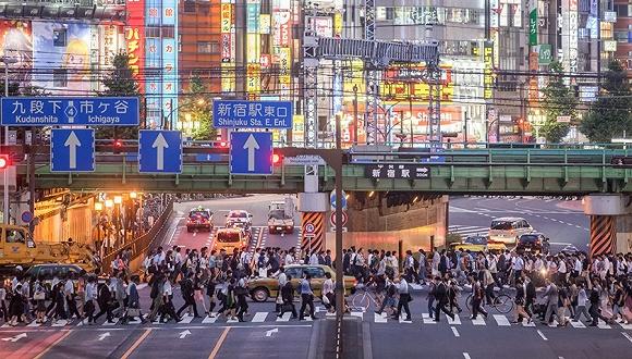 重庆被砸女孩火化超过百万网友参与讨论了这件事情