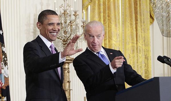 拜登与奥巴马