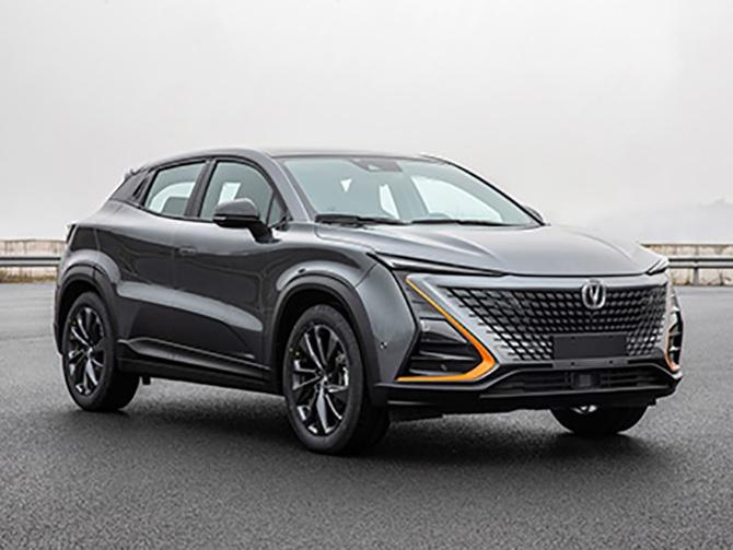 长安UNI-T新轿跑SUV六月上市