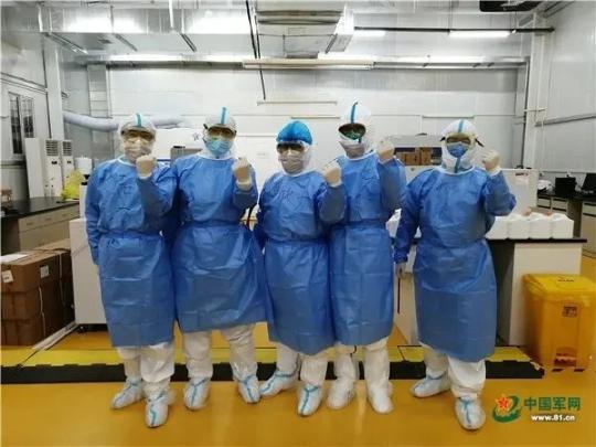 实验团队。