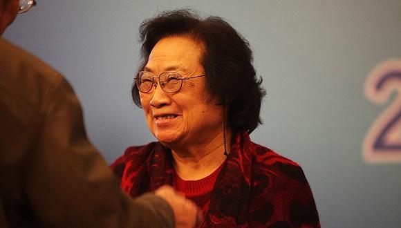 50岁王菲蹦迪真的假的?