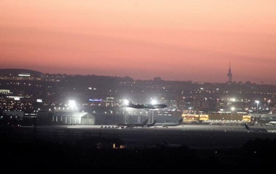 盘旋5小时 加航一航班在马德里机场成功迫降