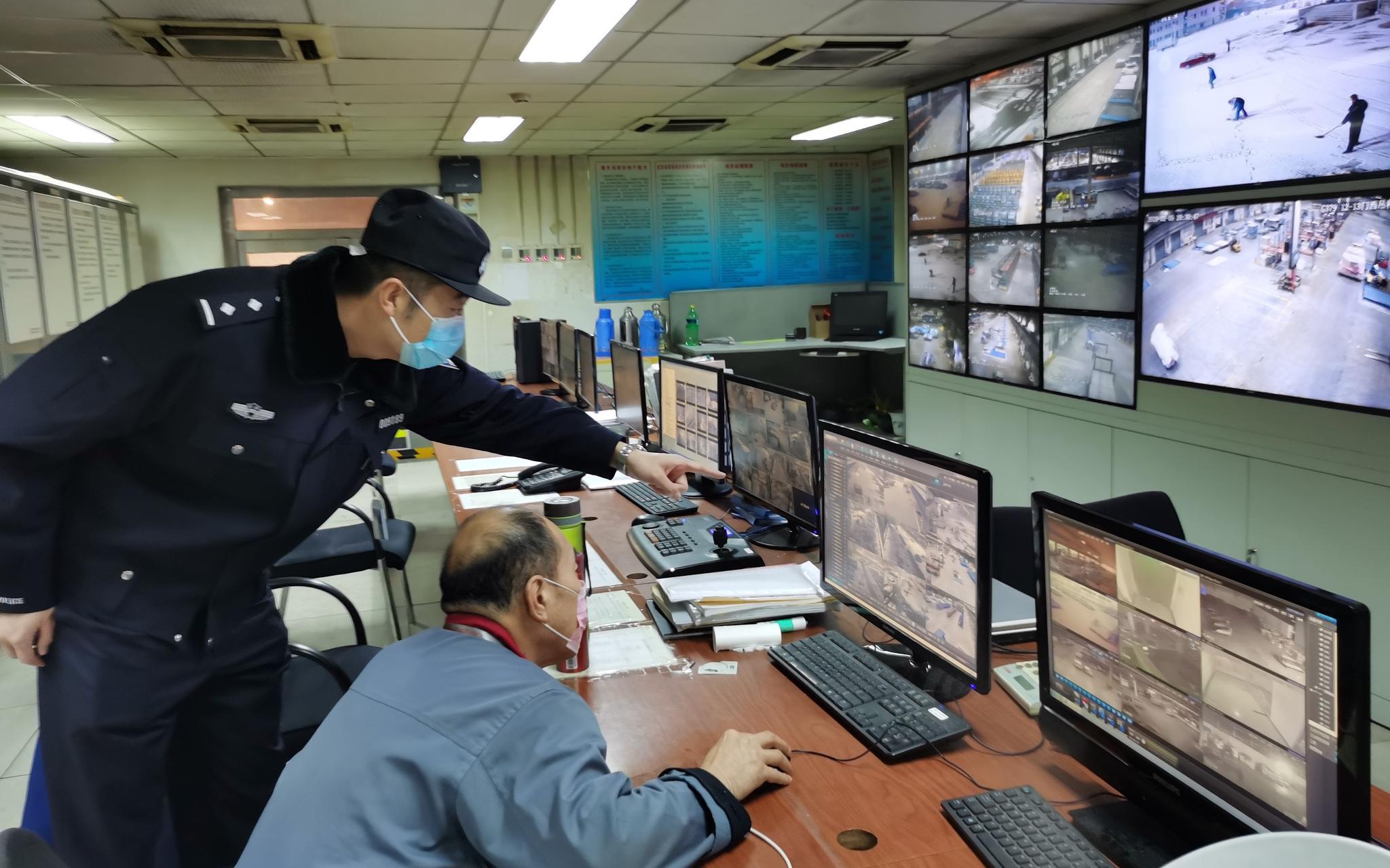 中国船员几内亚湾遭海盗劫持已获释 王毅过问营救情况