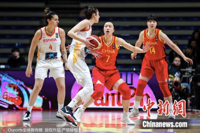 中国队和西班牙的比赛中。图片来源:Osports全体育