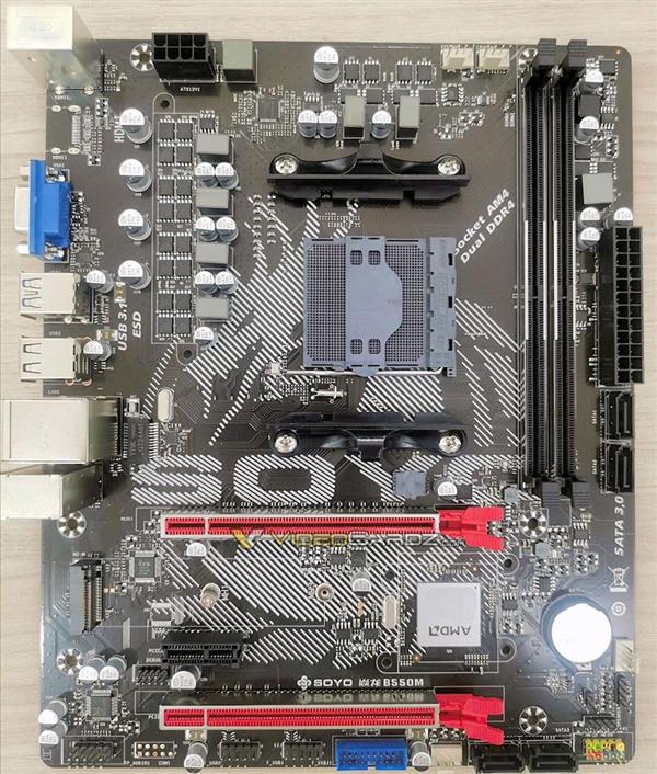 外媒曝出了B550主板的第一张实物照片:普及PCIe 4.0