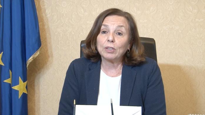 △意大利内务部部长卢恰娜·拉莫尔杰塞