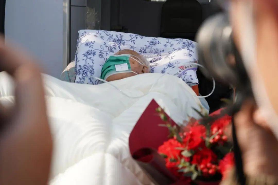 老人新冠肺热已经治愈,基础疾病仍需进一步治疗 摄影:高辉