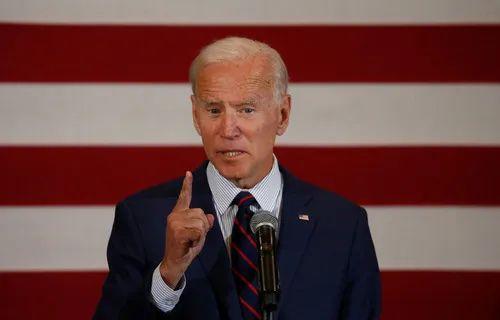 美国前副总统、民主党总统竞选人拜登在一场竞选活动上发表讲话。新华社/路透