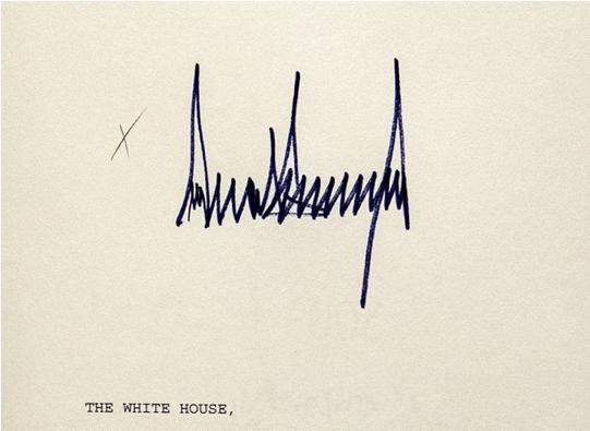 △特朗普的签名。图片来源:《纽约时报》