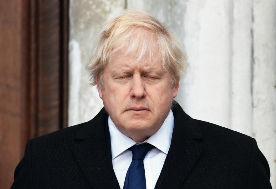 (原料图片)英国首相鲍里斯·约翰逊。在确诊新冠肺热10天后,鲍里斯·约翰逊于4月6日晚因病情凶化被转入重症监护室治疗。图/IC