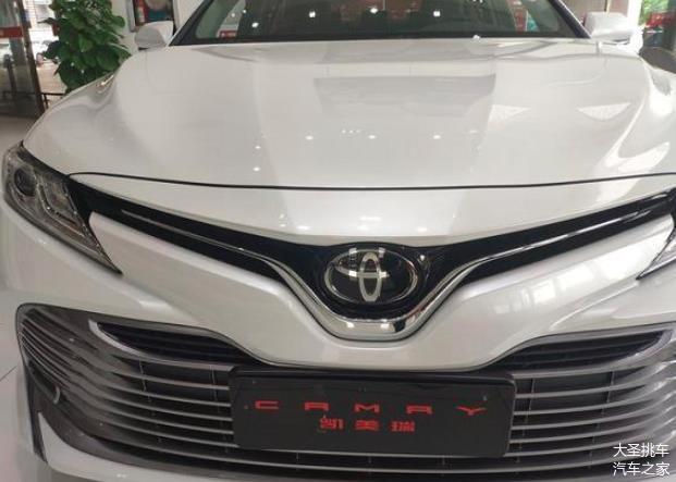 凯美瑞售价17.98万起 360度全景影像看车