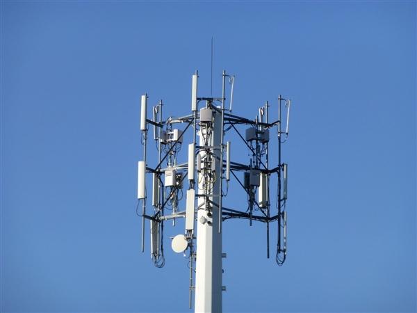 重大突破!华为发布全新天线技术:5G跨入新时代