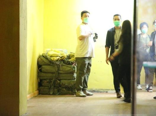 尼龙袋包装的毒品(东网)
