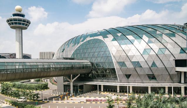 △图为新加坡樟宜国际机场