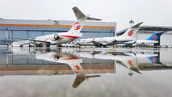 三大航6月28日各自接收首架中国商飞ARJ21客机