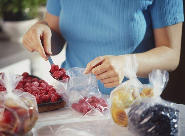 将蔬菜水果密封能够减少水分散失