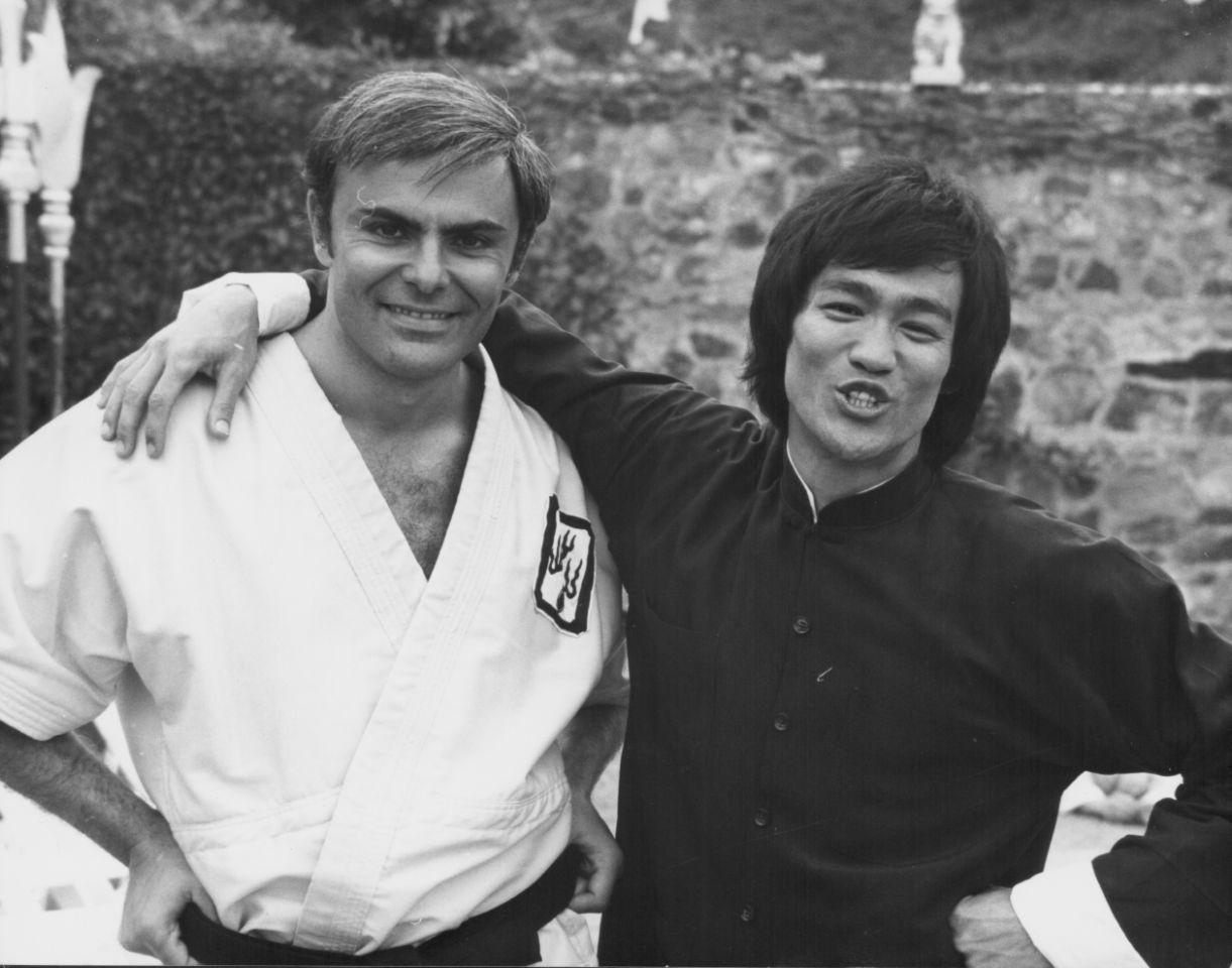 美國男星薩克鬆去世 曾與李小龍合作《龍爭虎鬥》
