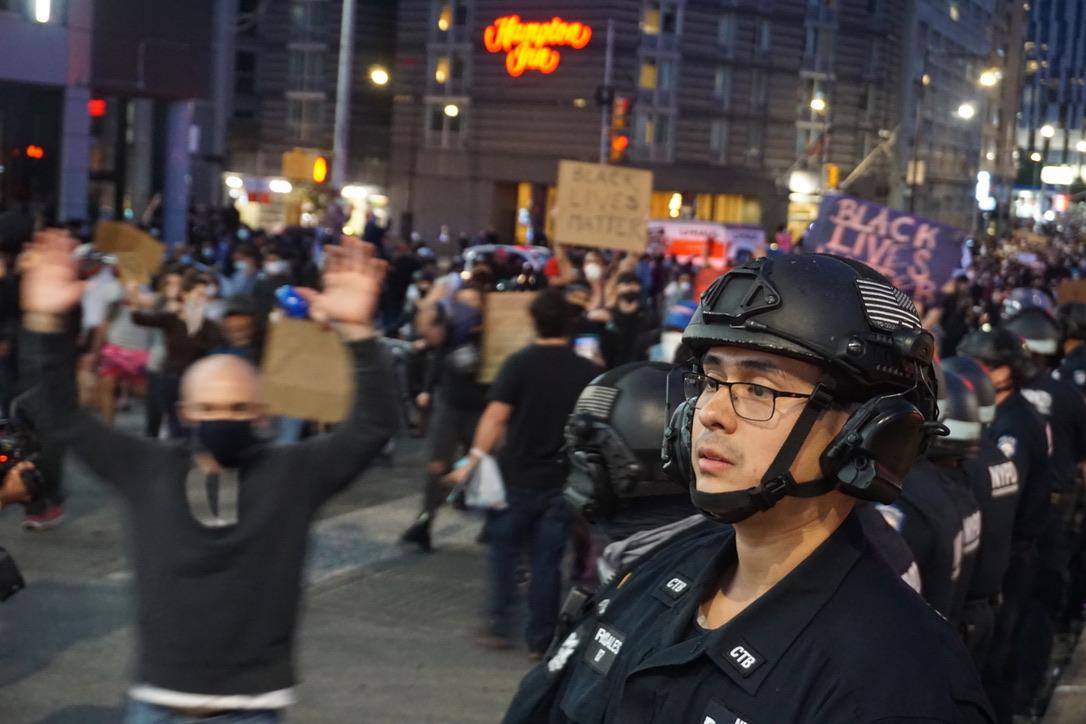 △纽约的示威