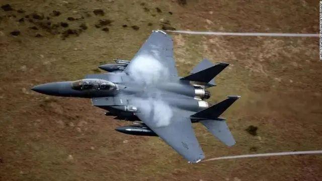 F-15战机(图源:CNN)