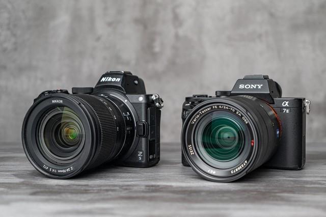 高性价比入门全画幅相机 尼康Z5和索尼A7 II对比