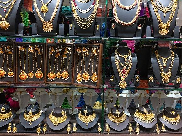 印度珠宝店。图片来源:视觉中国
