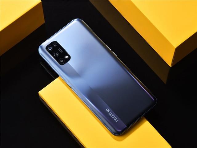 超给力的千元5g手机:realme真我V5评测
