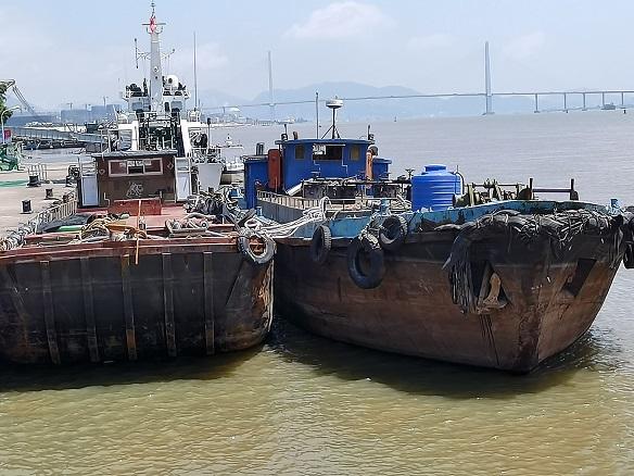 福建福州连续查获3起涉嫌走私成品油案 涉案油品约350吨