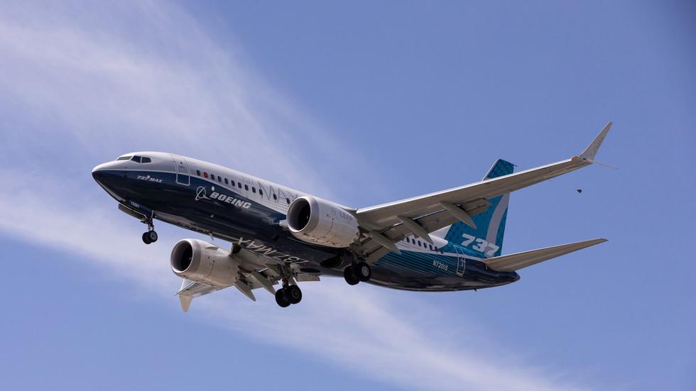 禁飞一年多的波音737MAX,今年终于接了一笔大生意!