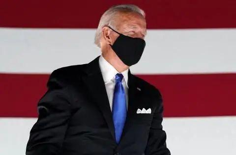 拜登:如果我当选总统 将强制要求戴口罩