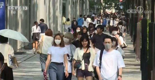 广东查获2艘涉嫌合法采砂船舶