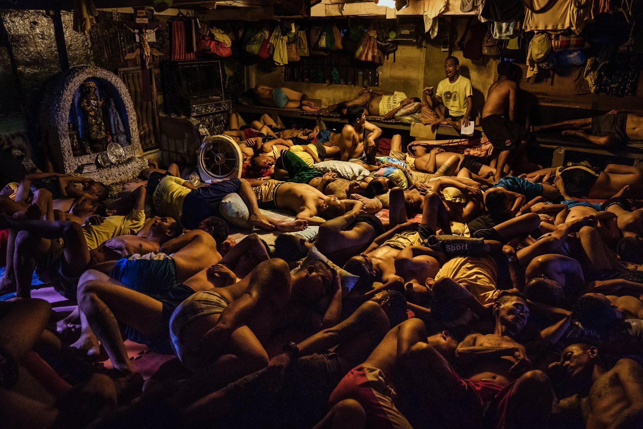 马达加斯加一座监狱内的囚犯(纽约时报)