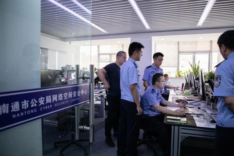 重庆江北机场海关查处首起旅客入境逃避检疫案:不如实申报