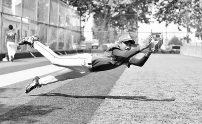 夏日里的棒球少年