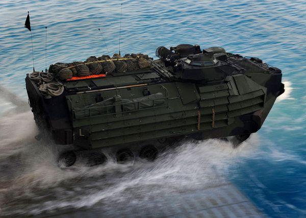 美軍找到沉沒兩棲突擊車及士兵遺體 將設法打撈