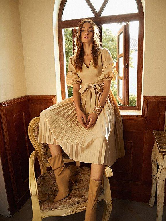 SHEIN 2020年8月上新女装。图片来源:SHEIN官网