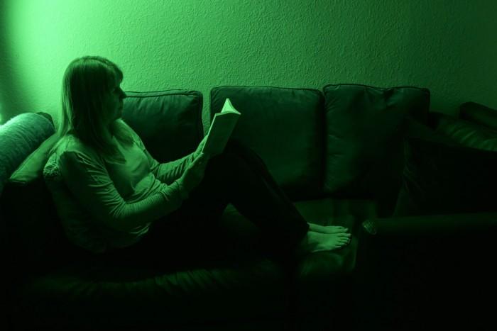 新研究表明每天定量晒绿光或能治疗偏头痛