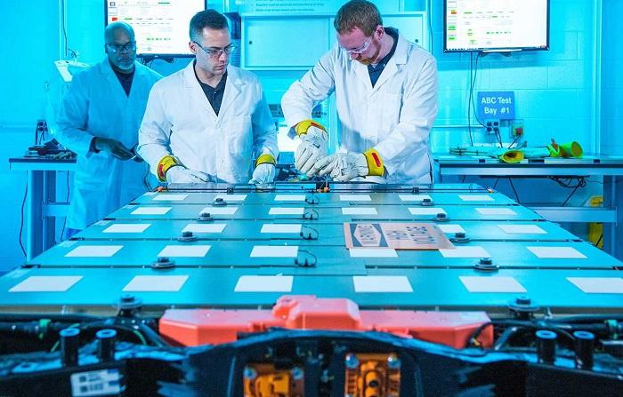 通用展示可无线远程管理的EV电池系统