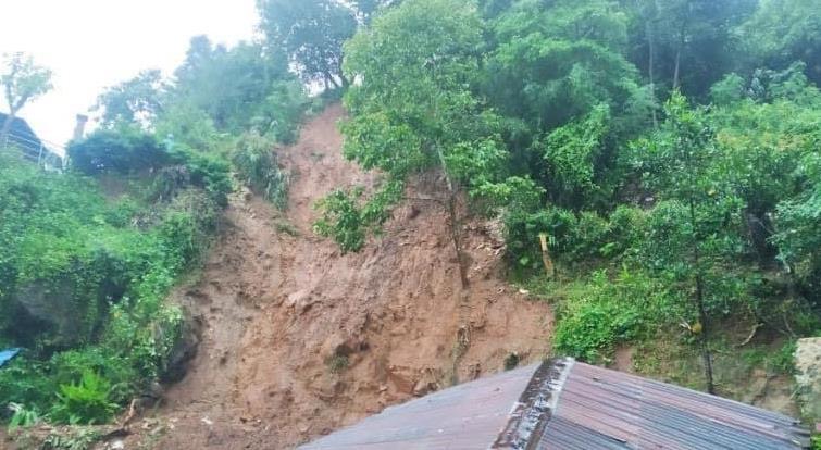 缅甸抹谷地区发生山体滑坡 已致4人死亡