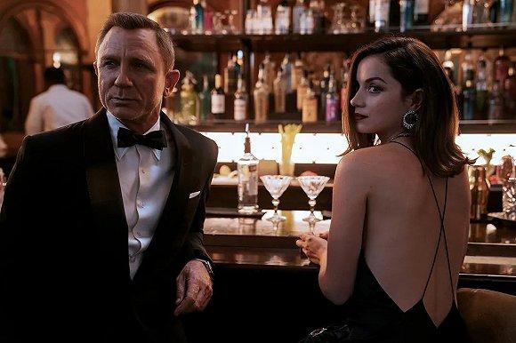 《007:无暇赴死》剧照