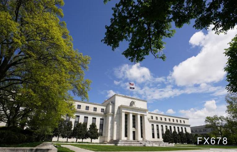 美国经济会长期衰退还是逐步复苏?