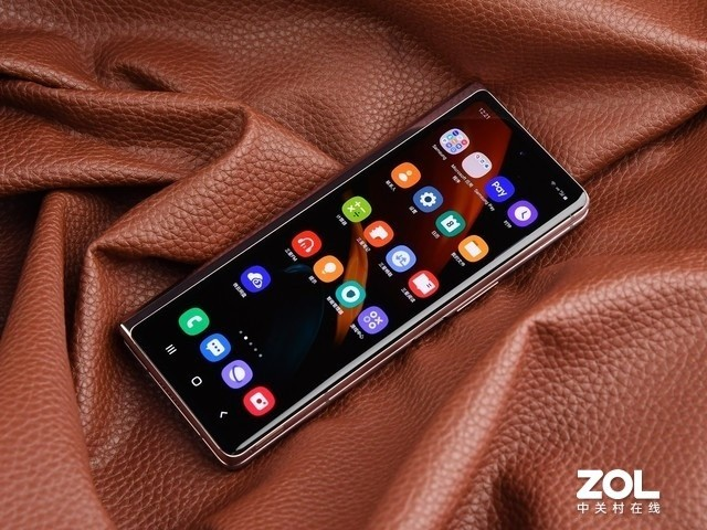 折叠屏的完全体形态 三星Galaxy Z Fold2 5G评测