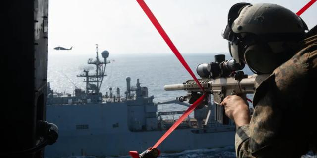 真要当海盗了?美媒:美国海军陆战队已在南海演练拦截商船