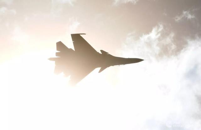 苏-30SM战斗机 图源:俄新社