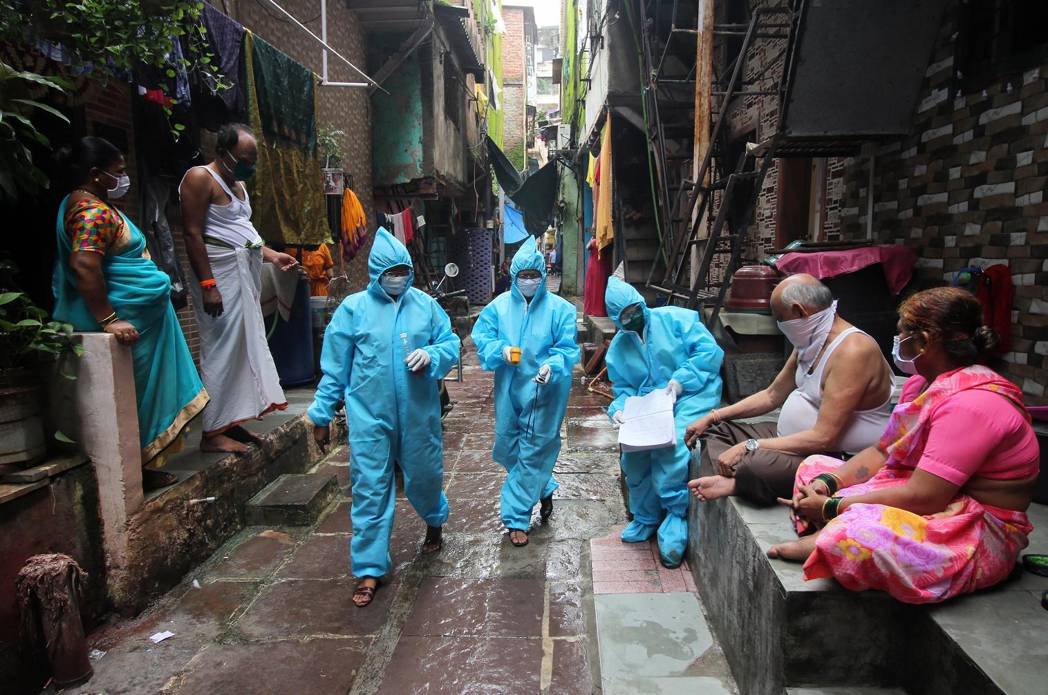 印度面临的双重挑战愈加严峻:疫情数据飙升 经济大幅下滑