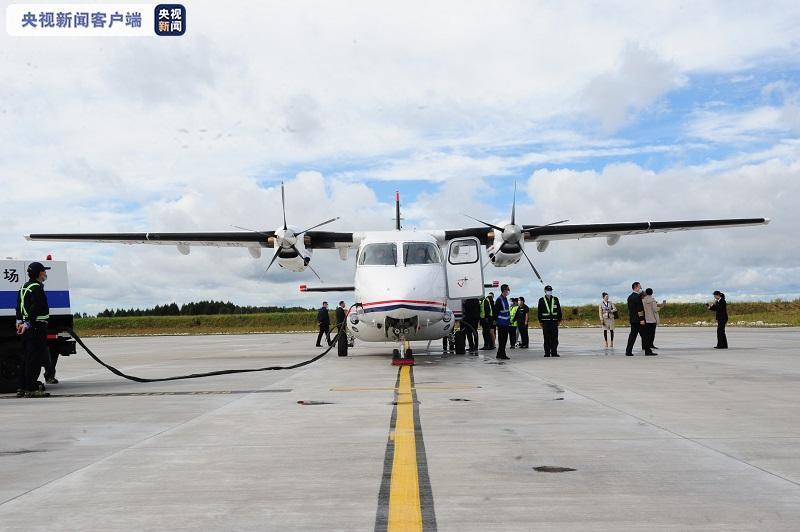 国内通用航空器最高制造水平运12F进行首次商业飞行